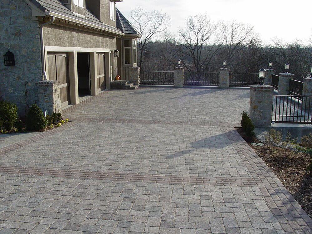Residential landscape design with hardscape.