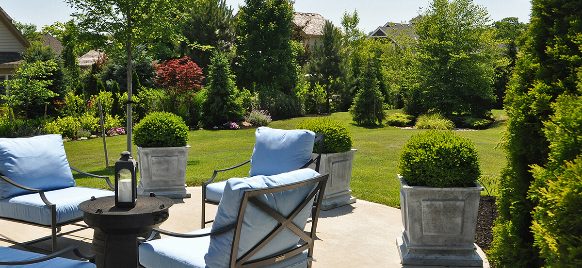 Outdoor area and landscape design with sitting arrangement.